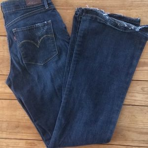 Levi's 8 M Drk Rinse with Distressing Bootcut
